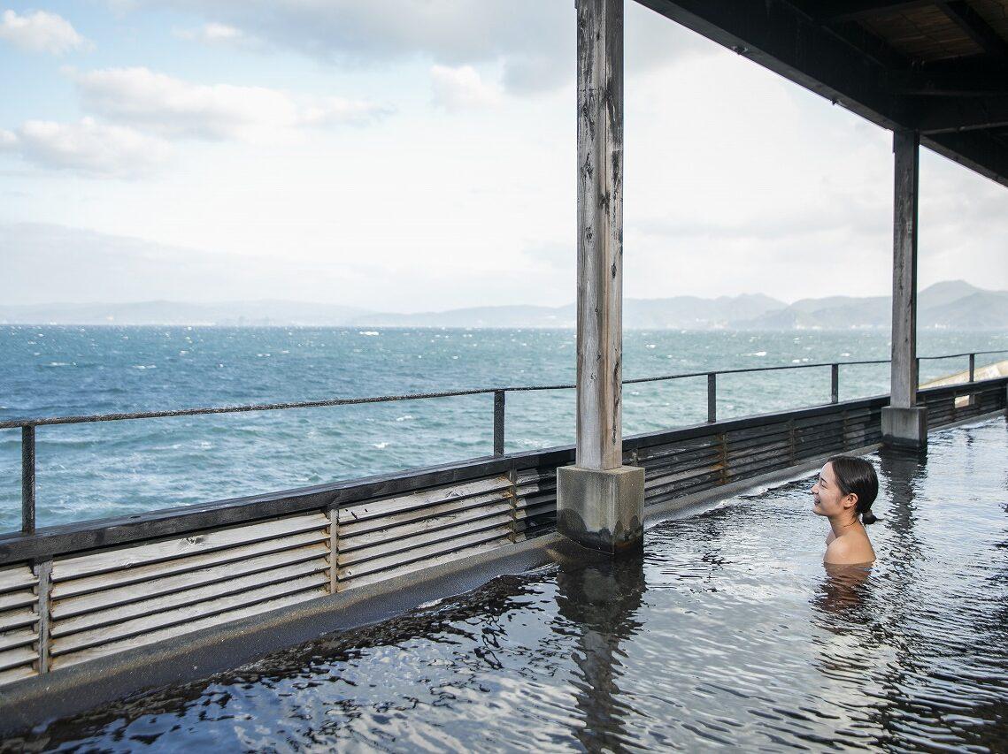 【日帰りランチ・入浴付】ゆったりほっこり島旅を。新鮮な海の幸満載の網元ランチパック