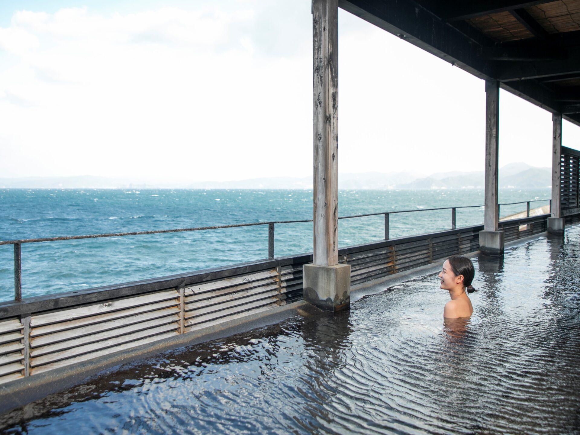 【長崎県民限定・和食】海を臨む2つの天然温泉・スパテーマパークやアクティビティを満喫!1泊2食付き和食プラン
